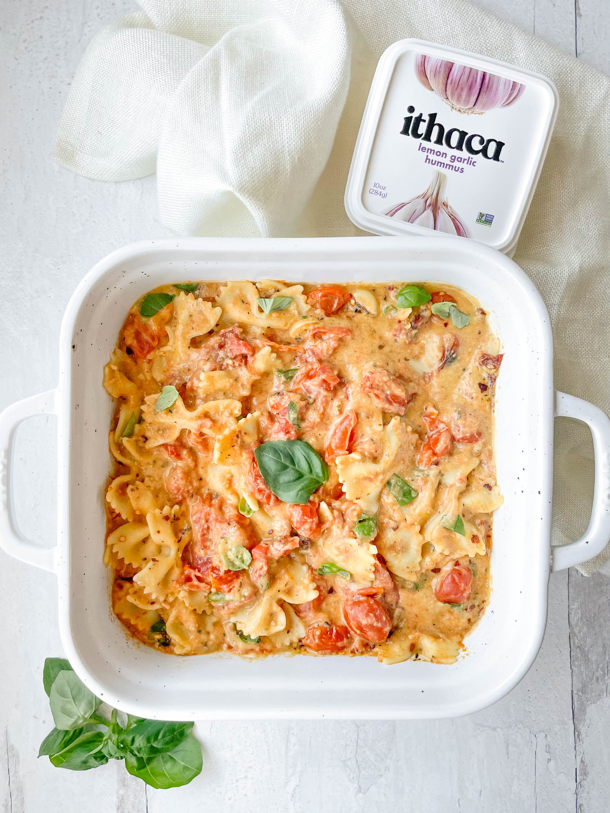 baked hummus pasta